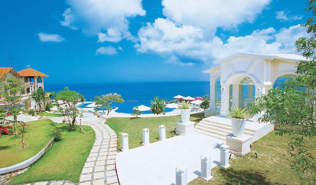 Blue Point Bali Wedding Chapel