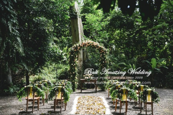 Paket wedding bali tropical jungle