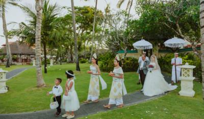 bride on a bali wedding